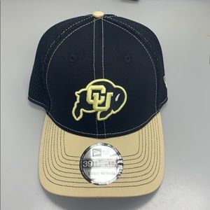 Brand New - CU Boulder 39Thirty Fitted Hat S/M